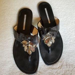 Vera Wang Sz 6.5 black leather sandals
